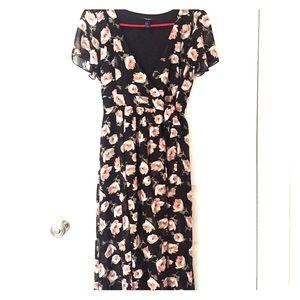 NWOT Black Floral Forever 21 Maxi Dress - Sz Med
